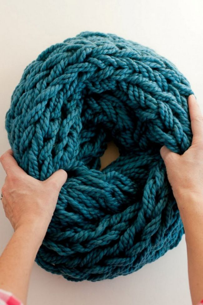 Фото - Як зв'язати красивий шарф без спиць