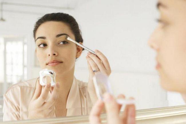 Фото - Як витрачати на щоденний макіяж не більше 5 хвилин?