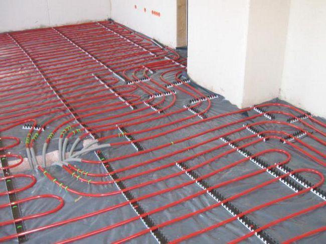 обігрів приміщення теплою підлогою