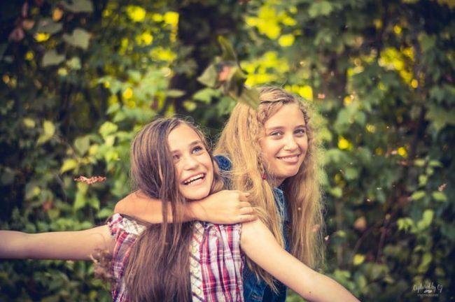 Фото - 15 Речей, про які ви знаєте, якщо у вас є старша сестра