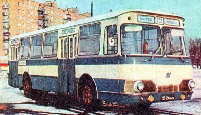 ліаз 677 модель