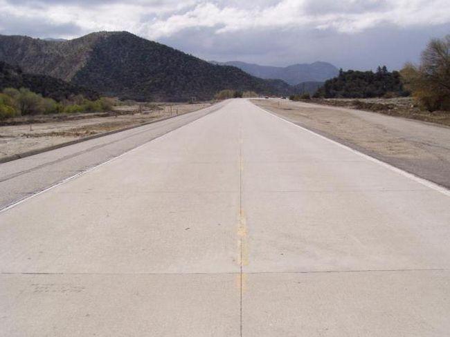 Фото - Бетонна дорога: технологія будівництва