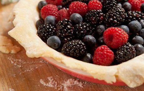 Фото - Швидкий пиріг з ягодами: рецепти