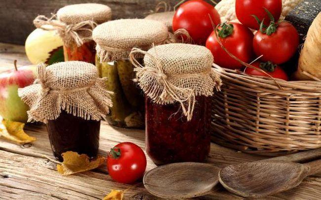 Що приготувати зі свіжих огірків і помідорів