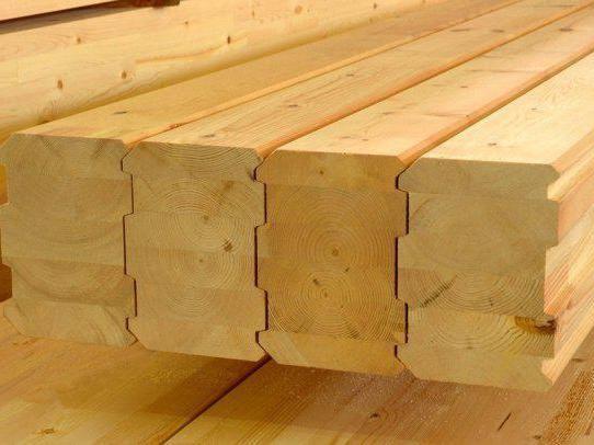 дерев'яний будинок 6х6 з мансардою