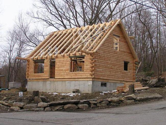 будинку з кедра