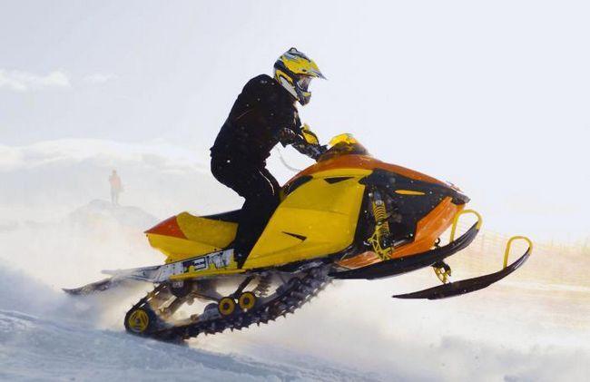Фото - Двигун для снігохода: особливості та переваги