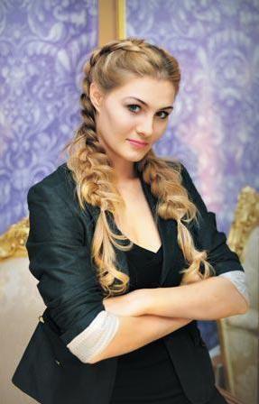 Фото - Катерина мирошниченко та її внесок в нігтьову індустрію
