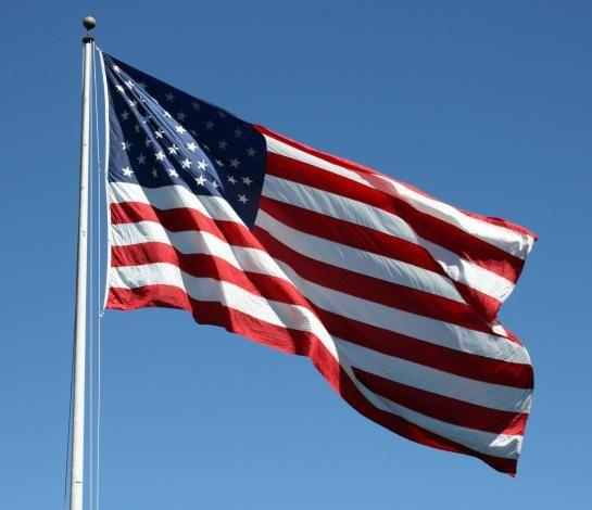 Фото - Прапори сша - сучасний і конфедеративний