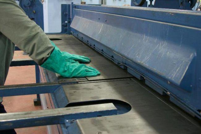 гільйотина для рубки металу технічні характеристики