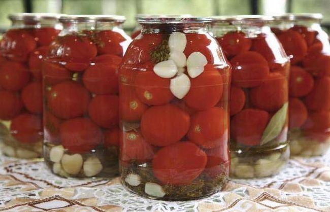 помідори в загадковому маринаді