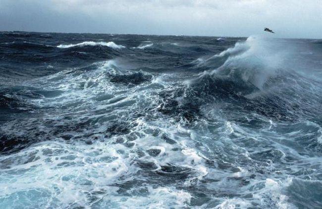 сон великі хвилі на морі