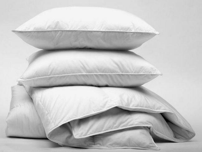 до чого сниться ліжко з подушками