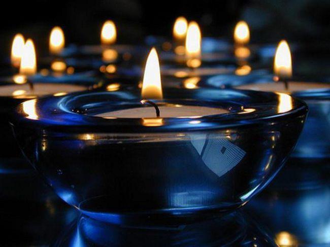 свічки на столі