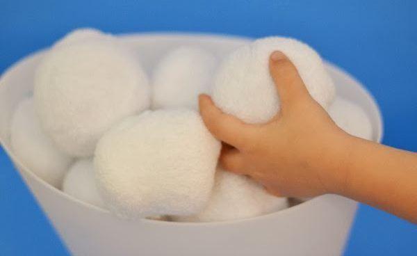 Фото - Як виготовити сніжки з вати своїми руками