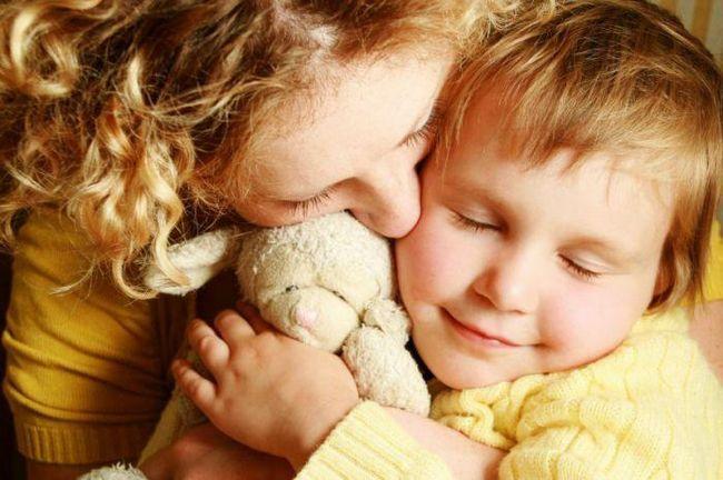 Фото - Як материнська любов впливає на розвиток дитини
