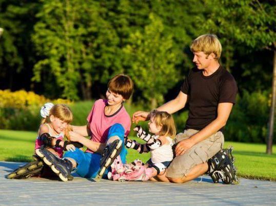 Фото - Як навчити дітей кататися на роликах? Корисні поради та рекомендації