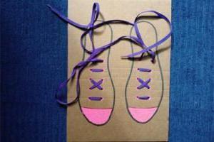 як зав'язати шнурки дитині
