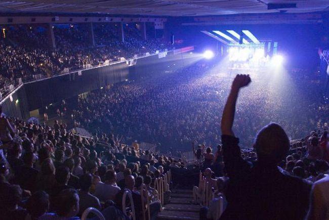Фото - Як організовувати концерти у своєму місті? Як організувати концерт групи? Як організувати благодійний концерт зірки?