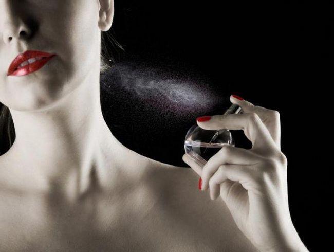 Фото - Як відрізнити парфуми-підробку від оригіналу: рекомендації та відгуки