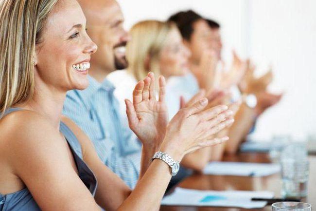 Фото - Як підібрати адекватне привітання колегам