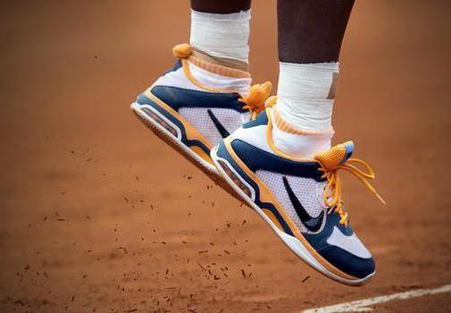 дитячі кросівки для тенісу