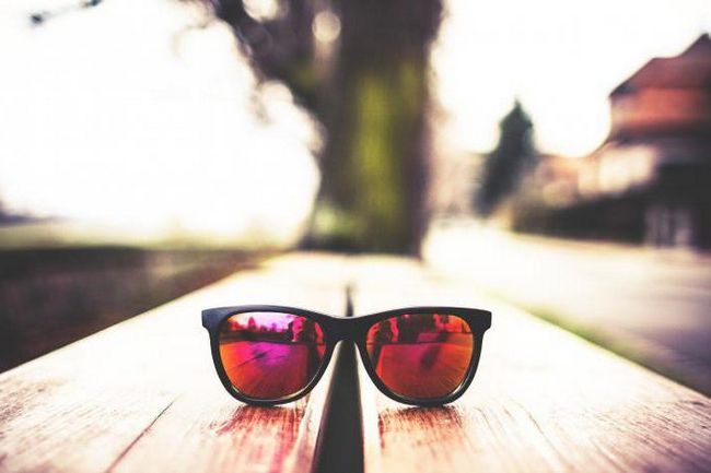 Фото - Як вибрати модні окуляри для зору і сонцезахисні? Кращі моделі