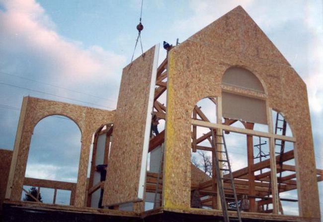 Фото - Який будинок краще: з бруса або каркасний? Огляд, порівняльний аналіз та відгуки