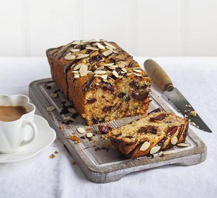 Фото - Кекс з чорною смородиною: рецепт приготування смачного десерту