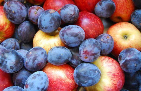 Фото - Компот із слив і яблук на зиму: прості рецепти
