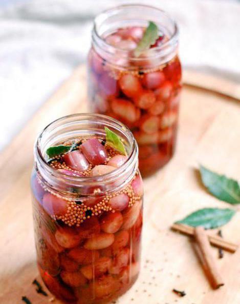 Фото - Консервований виноград на зиму: рецепти