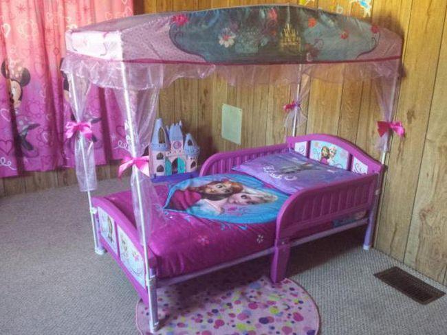 дитячі розсувні ліжка з бортиками