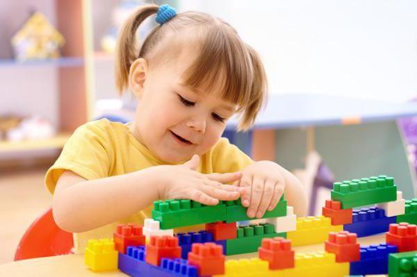 особливості логопедичних занятті з дітьми 4 Березня років