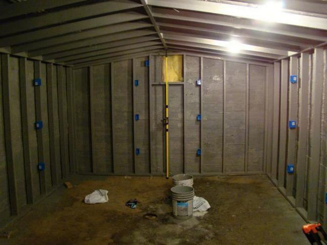 Фото - Маячки для вирівнювання стін. Інструкція із застосування, рекомендації