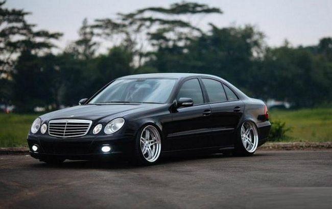 Фото - Mercedes-benz w211: технічні характеристики, опис моделі, відгуки. Легкові автомобілі