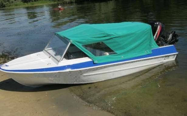 Фото - Моторний човен