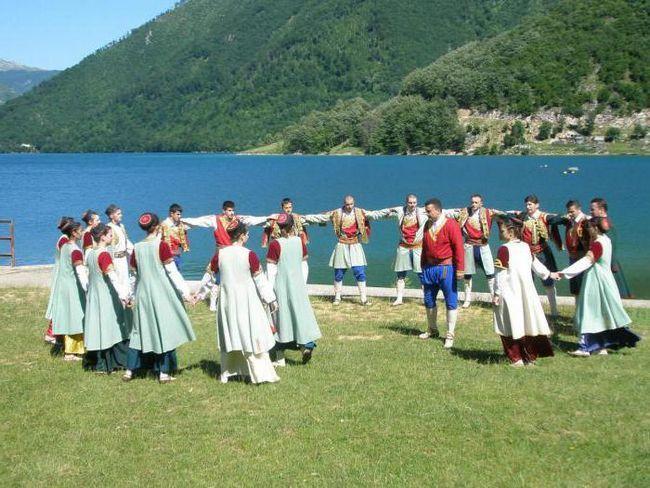 чорногорія населення релігія