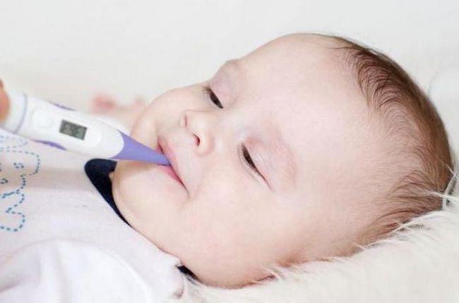 нормальна температура тіла у немовлят