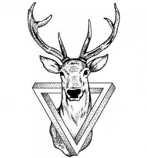 значення тату олень в трикутнику