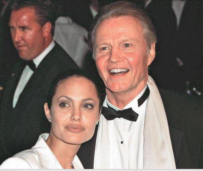 Фото - Батько Анджеліни Джолі Джон Войт: фото, фільмографія. Чому Анджеліна Джолі не спілкується з батьком?