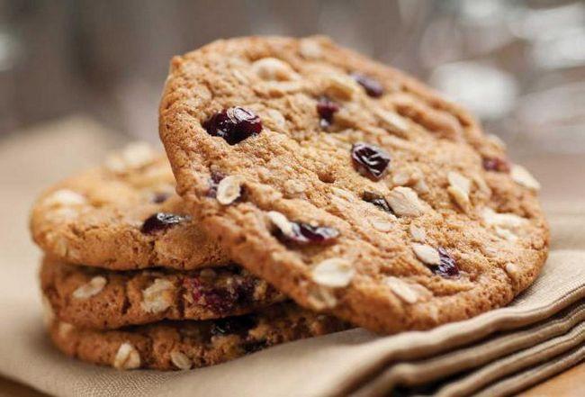Фото - Печиво з вівсянки, сиру і банана низькокалорійне: кращі рецепти