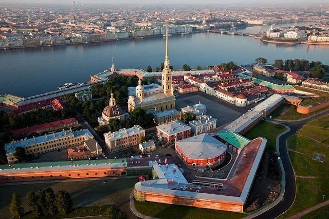 Фото - Петропавлівська фортеця: режим роботи, ціни і історія