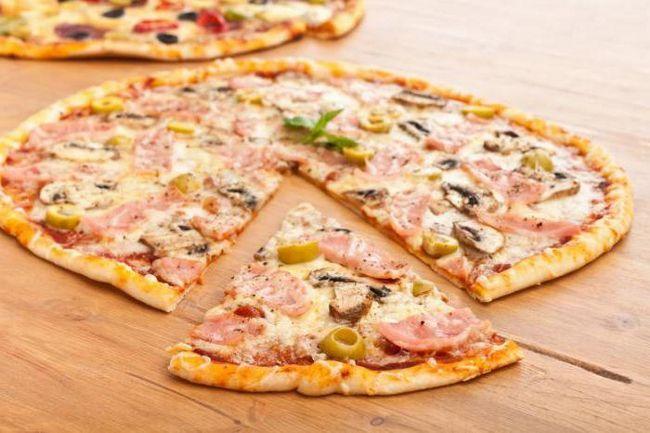 Фото - Піца тонка: рецепт без дріжджів