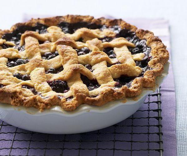 Фото - Пиріг з листкового тіста з ягодами: рецепт