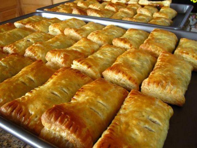 Фото - Пиріжки зі сливами. Прості рецепти