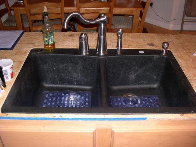 плюси і мінуси мийки з штучного каменю