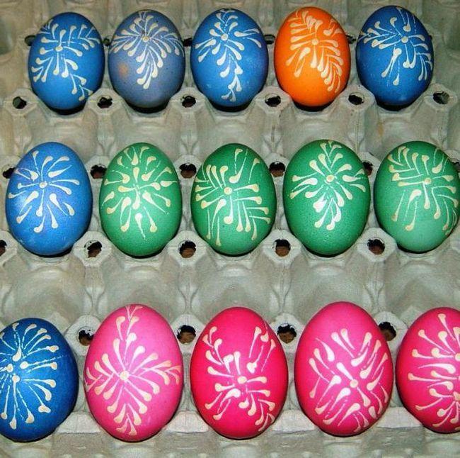 спосіб фарбування яєць зеленкою
