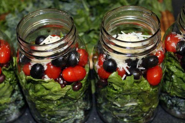 Фото - Помідори з виноградом. Рецепти на зиму