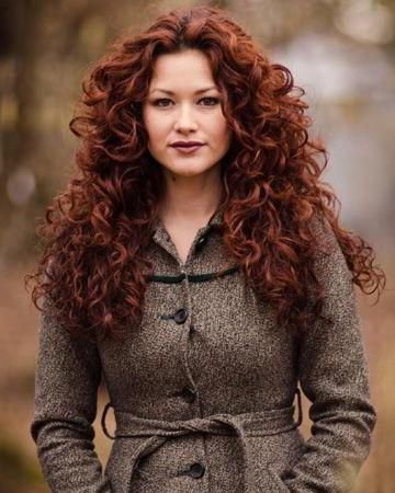 зачіски на 1 вересня з накрученим волоссям