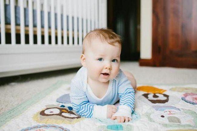 дитину 9 10 месяцев розвиток харчування